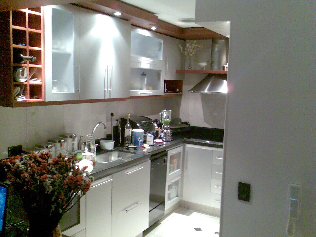Paseo por algunas cocinas modernas taringa for Mostrar cocinas modernas